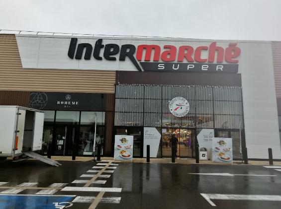 """Intermarché St-André-de-Corcy 01390, devient point de collecte """"bouchons"""" pour le réseau Coeur2bouchons"""